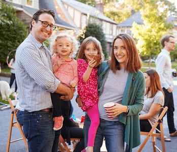 Reasons Why Now Is a Great Time to Buy Your First Home Family Image