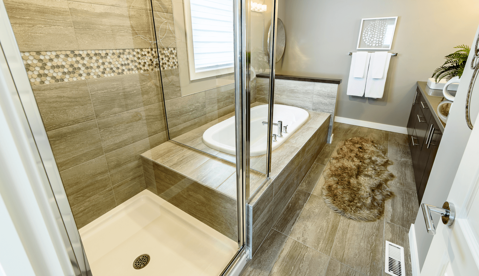 Your Flooring Choices in a New Home Build Tile Image